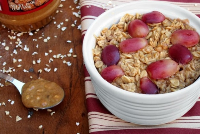 Oatmeal With Grapes