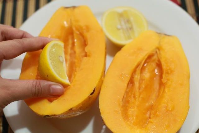 Papaya And Lemon Juice