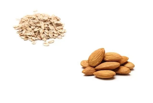 Use Oatmeal With Almonds