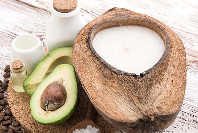 Coconut Milk And Avocado Face Pack