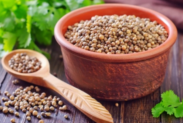 Coriander With Boiling Water