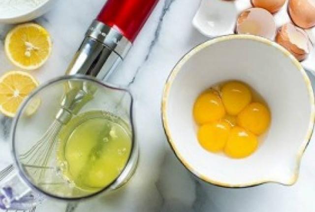 Egg White And Lemon Juice Mask