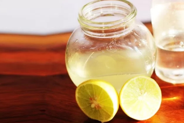 Glycerin And Lemon Juice
