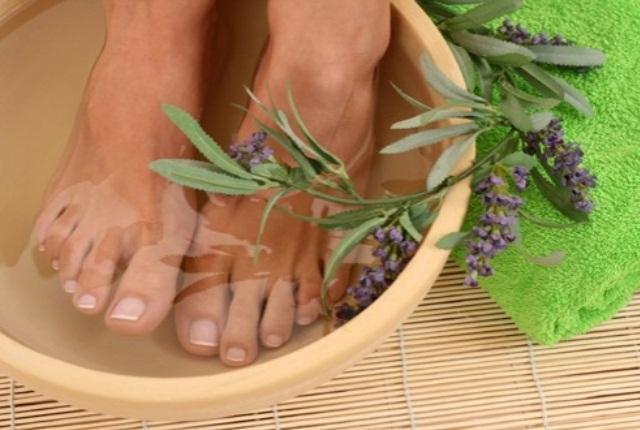 Lavender Oil Foot Soak
