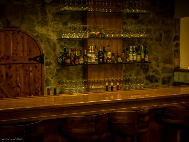 The bar at Laja