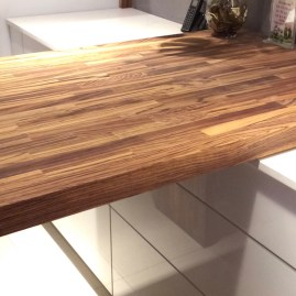 hdp4-zebrano-wood-worktops