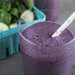 Mint Cucumber Smoothie with Blueberry | This mint cucumber smoothie with blueberry is sweet and refreshing! A delightfully refreshing combination, it's perfect in hot summer weather. | SeasonedVegetable.com