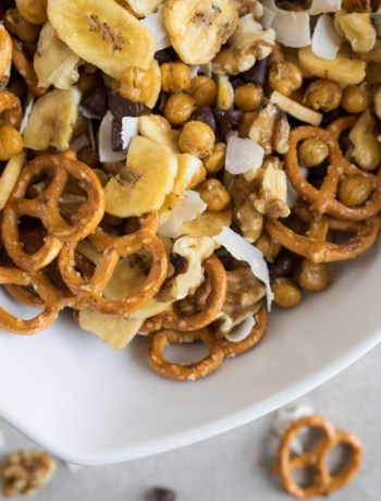 Chunky Monkey Trail Mix | A sweet and savory trail mix with roasted chickpeas, banana chips and walnuts inspired by chunky monkey ice cream. Perfect for hikes and on the go! | SeasonedVegetable.com