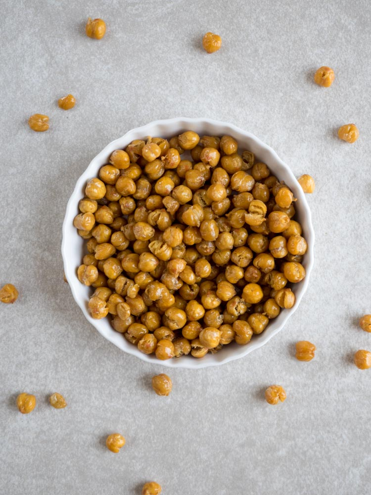 Crispy Roasted Chickpeas | A fast, easy, healthy snack, these crispy roasted chickpeas are perfect for on the go, trail mix, or adding a bit of crunch to salads. | SeasonedVegetable.com