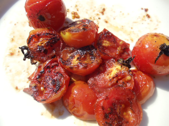 pan-seared cherry tomatoes | the seasoning bottle