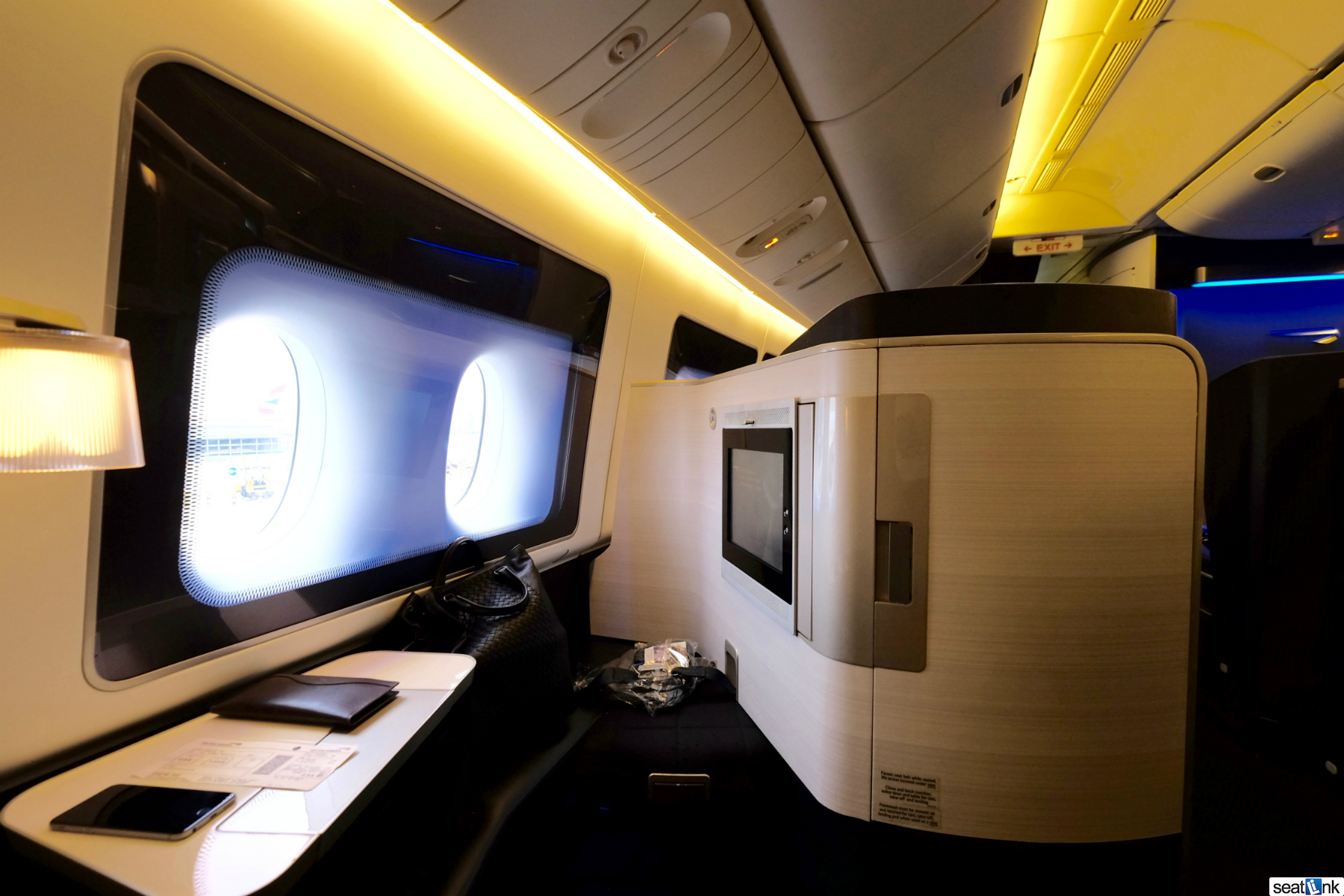 British Airways 777 First Class LHR to SEA [Review] - The ...British Airways First Class 777 Bed