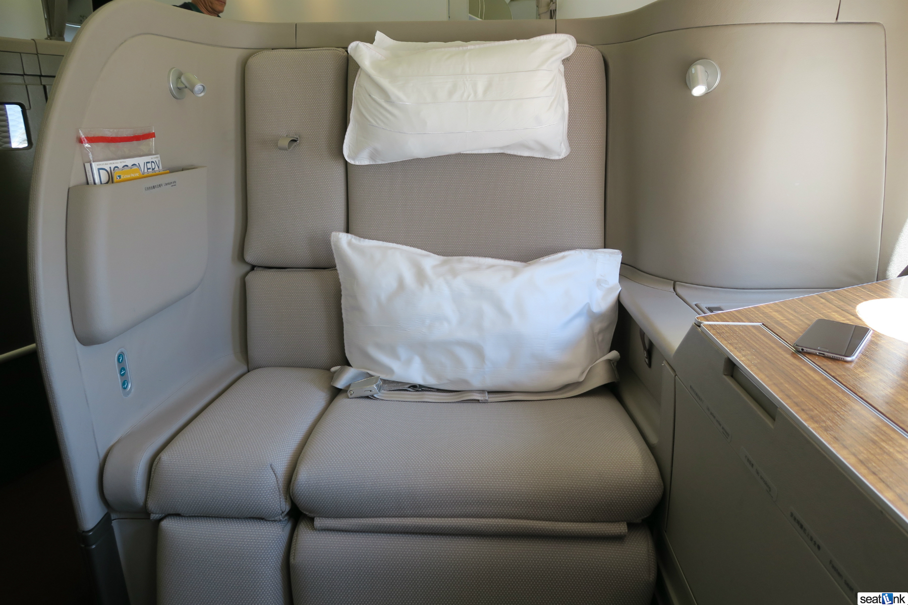 Cathay Pacific First Class Los Angeles Lax To Hong Kong