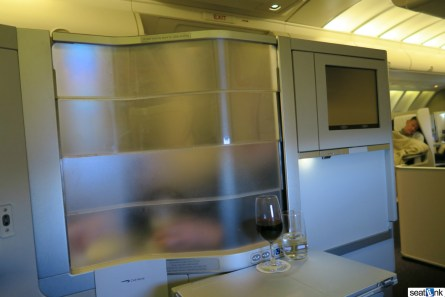 British Airways Business Class Review 747-400 Upper Deck 24