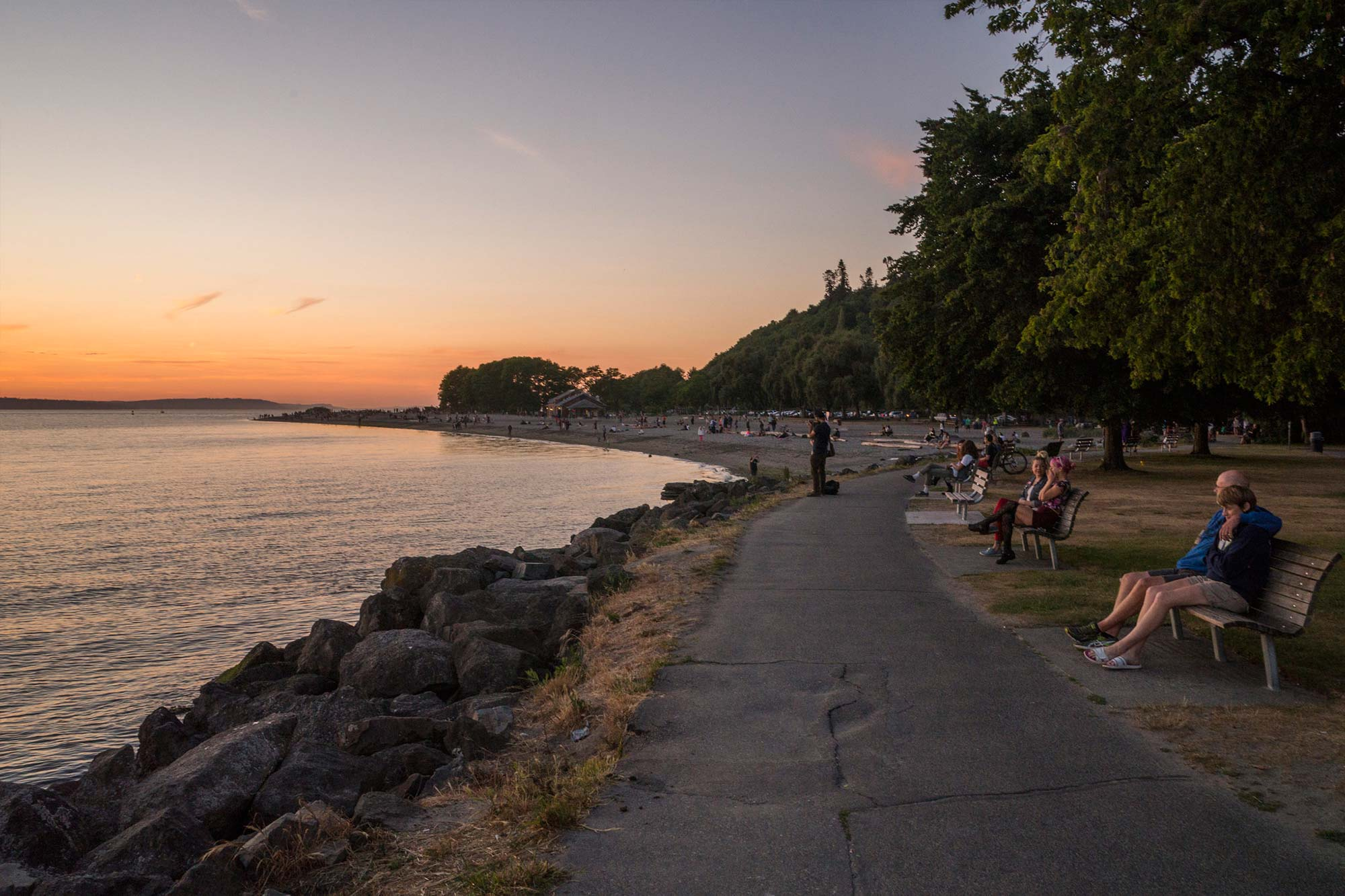 Mission bay park has many beaches that provide fire pits for bonfires. Golden Gardens Park - Parks | seattle.gov