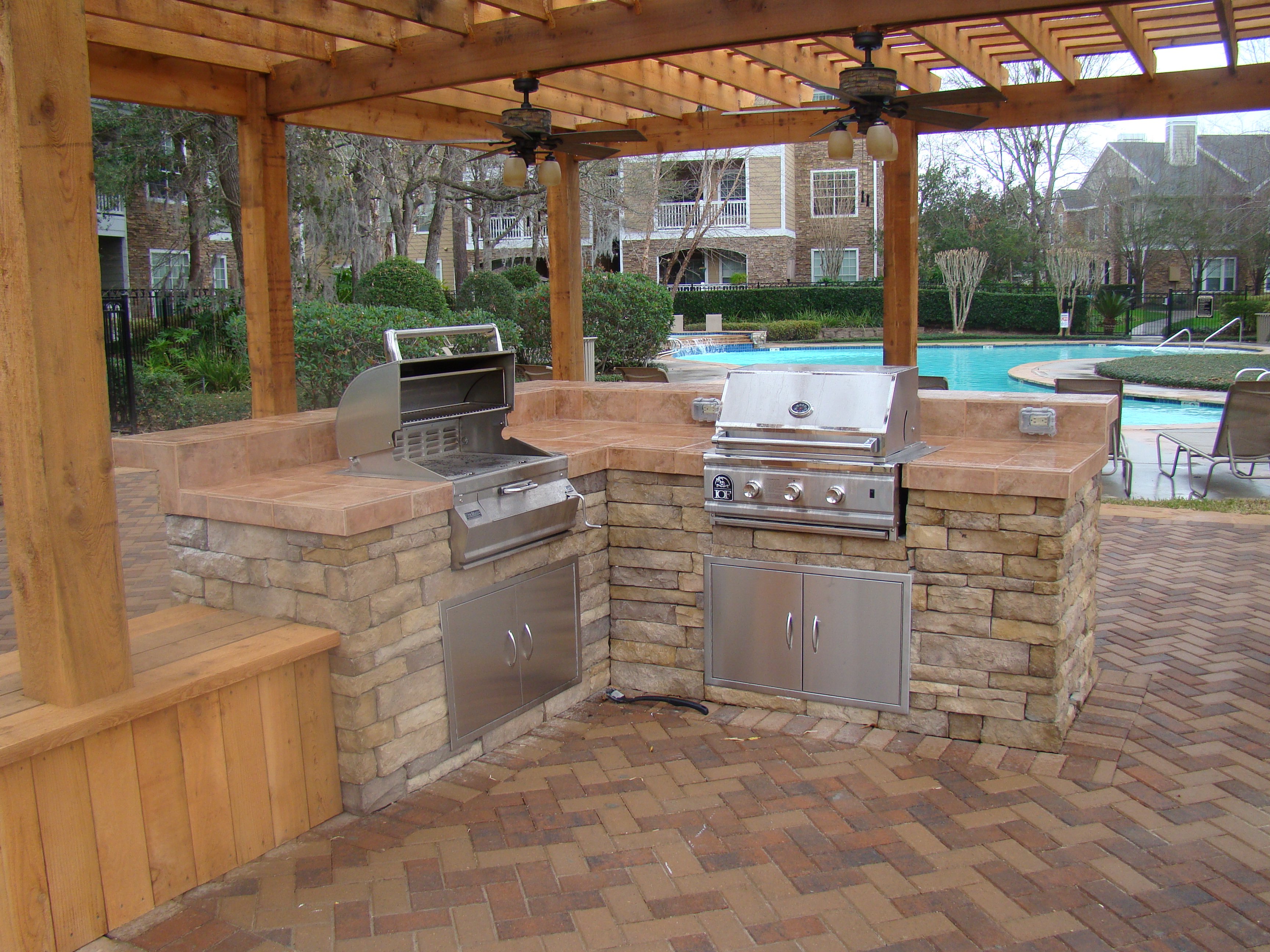 Outdoor Kitchens and Grills - Seattle Brickmaster on Patio Kitchen  id=80048