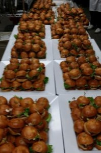 seattles_best_catering_cajun_chicken_sliders_cropped