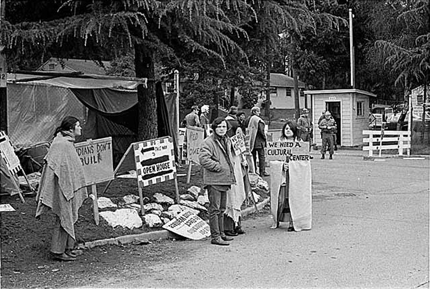 UIPC demonstrators outside Fort Lawton, Seattle, March 1970 Museum of History & Industry