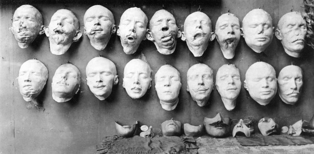Paris, France. Anna Coleman Ladd face masks.