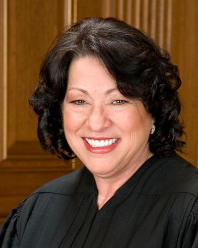 480px-Sonia_Sotomayor_in_SCOTUS_robe_crop