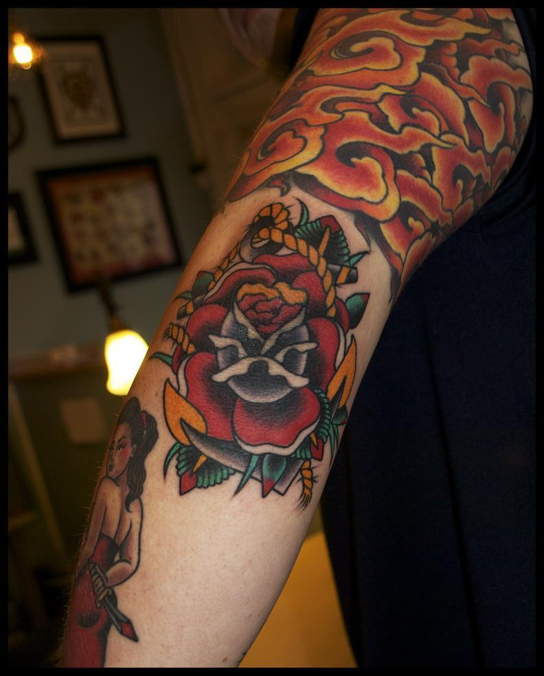 rose and anchor tattoo, anchor tattoo, minneapolis tattoo shops, minnesota tattoos, rose tattoo, traditional tattoos