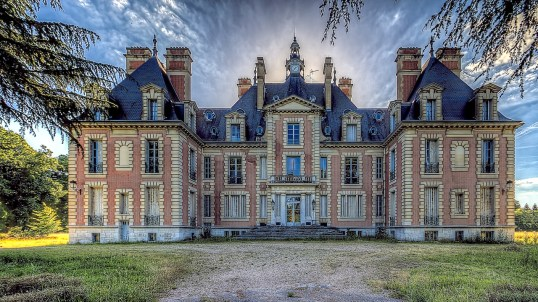 Château de Moulinsart, urbex, abandoned, reims, photographe, photographie, picoftheday, photo of the day, interieur, immobilier, chateau