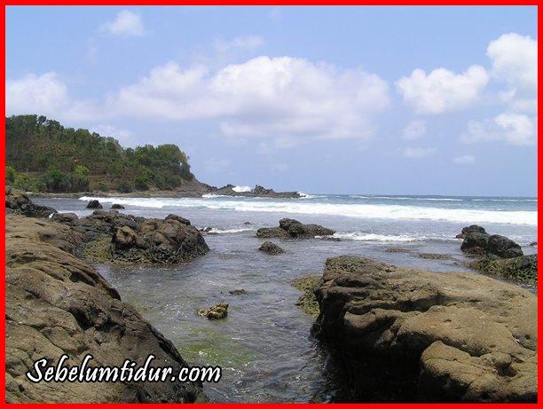Pantai Wedi ombo, Tempat romantis di Gunung Kidul, Pantai di Gunung Kidul