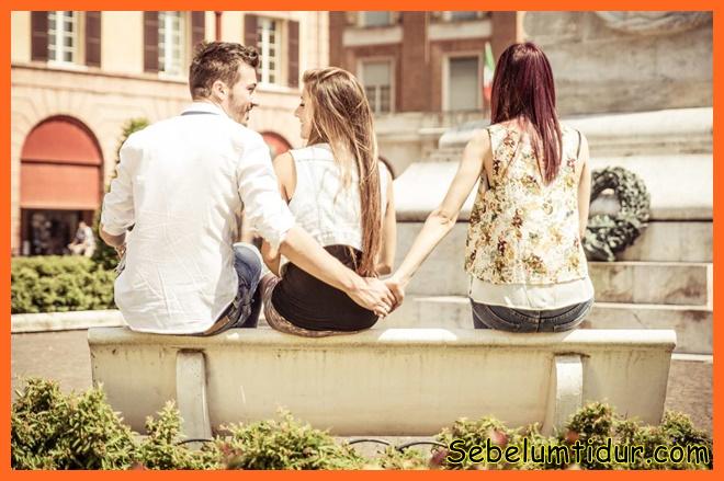 mengapa pria selingkuh meski cinta pasangannya