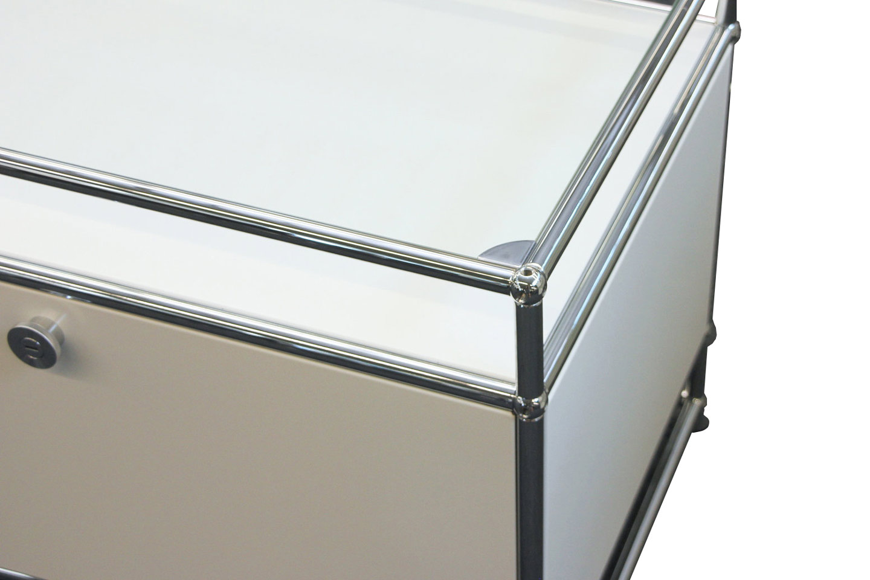 usm haller meuble multimedia avec tablette en verre blanc pur ral 9010
