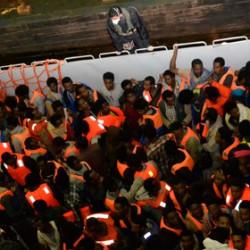 Nuova tragedia dell'immigrazione al largo delle coste libiche: venti morti, almeno 170 dispersi