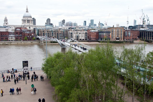 Millennium Bridge from Tate Gallery, London