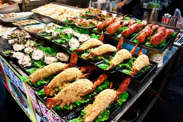Seafood, Raohe Street Night Market, Kaohsiung - Taiwan december travel