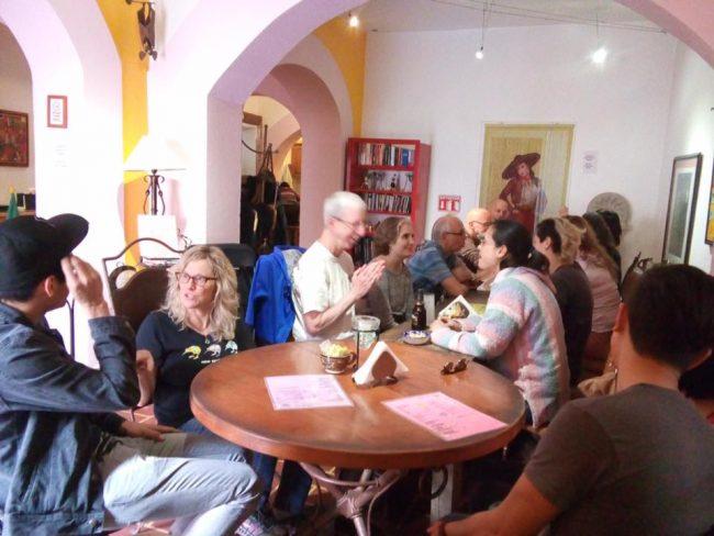 Weekly intercambio with local university students, Escuela Falcon
