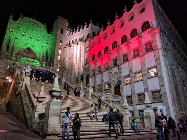 University of Guanajuato illuminated red and green for Flag Day