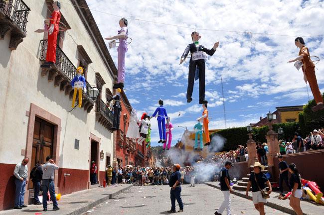 The burning of Judas, Easter Sunday, San Miguel de Allende