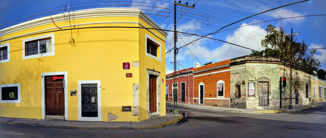My Airbnb apartment near the school on the left. I was fascinated to learn the building was constructed in colonial times with stone blocks taken from a Mayan pyramid.