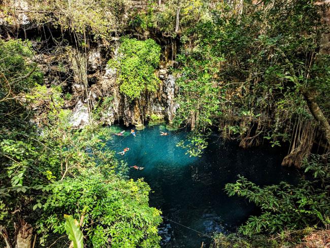 Yokdzonot cenote, Yucatan