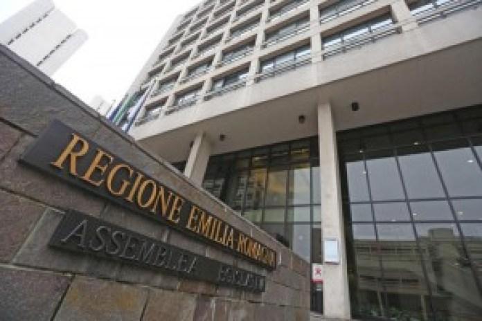 L'edificio della Regione Emilia-Romagna a  Bologna (photo Ansa/Benvenuti)