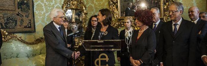 La presidente Boldrini comunica al presidente della Repubblica Sergio Mattarella il verbale della sua elezione