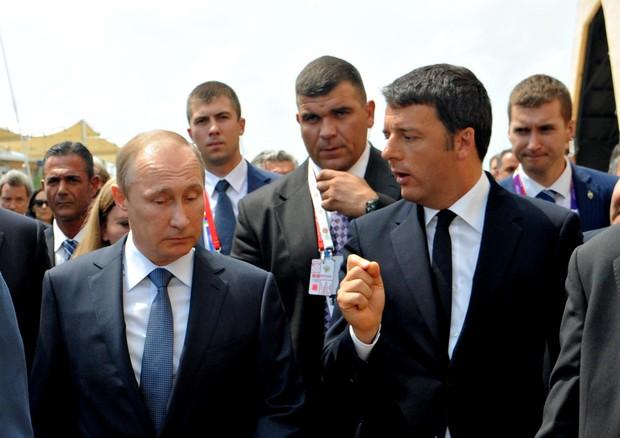 Vladimir Putin e Matteo Renzi all'Expo