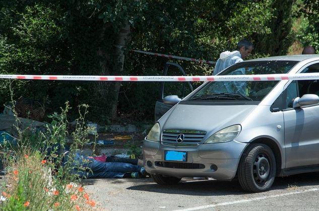 omicidio suicidio a vitinia Massimo di giovanni uccide Claudia Ferrari