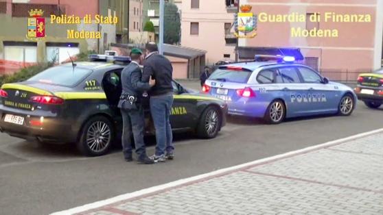 """Il blitz della Polizia e della Gdf di Modena contro gli intoccabili """"The Untouchables"""""""