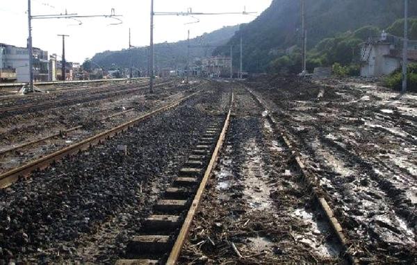 Nubifragio in Costa Azzurra, Linee ferroviarie inagibili (Unitalsi/Twitter)