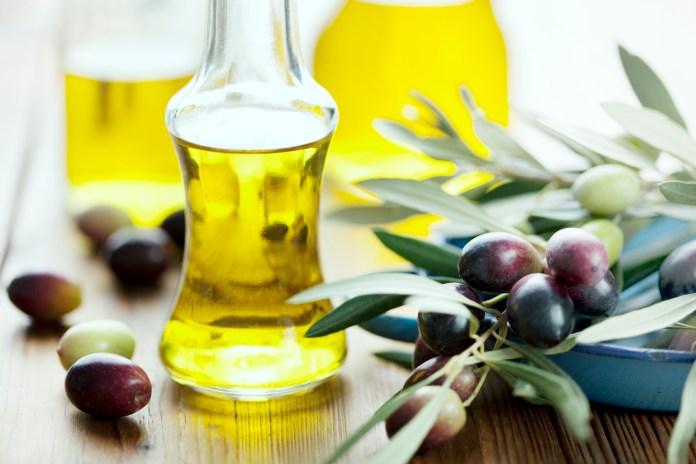 Falso olio di oliva extravergine, si indaga per frode