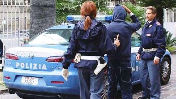 Castrovillari, tentano furto in casa. 4 arresti in flagranza   scippo cosenza arrestato Carmine Longo