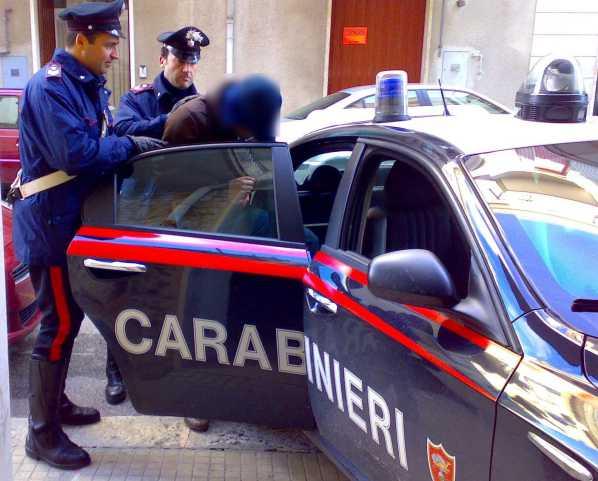 Reggio Calabria, 7 arresti in 24 ore nella frazione Gallina