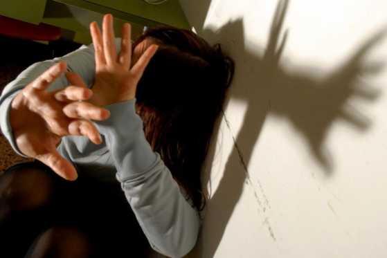 Picchia la compagna, arrestato 48enne a Marina di Gioiosa