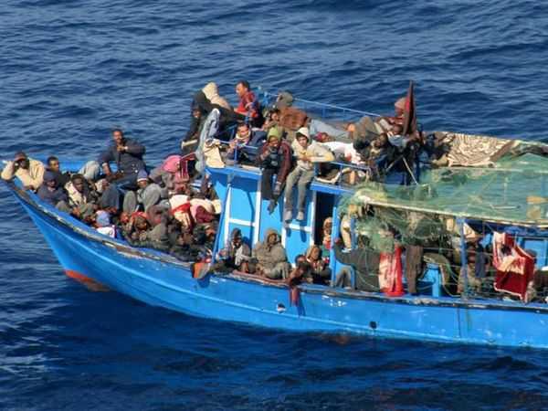 Sbarco migranti a Lampedusa, arrestati 3 scafisti a Agrigento