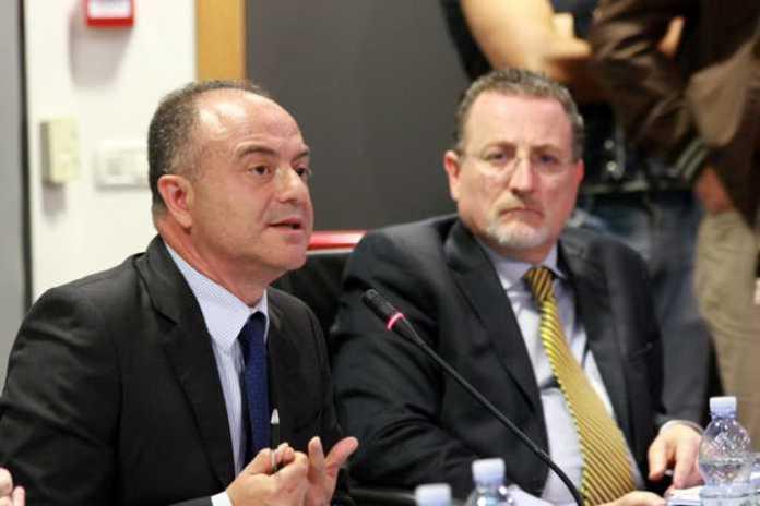 Da sinistra Nicola Gratteri con Antonio Nicaso