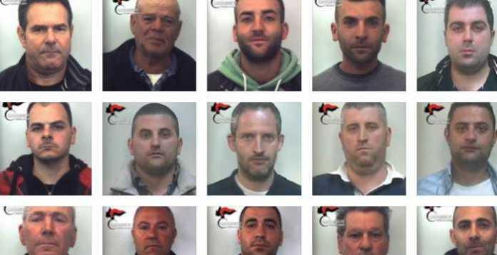 Alcuni degli arrestati nell'operazione Colombiani d'Aspromonte condotta dai Cc nella Locride