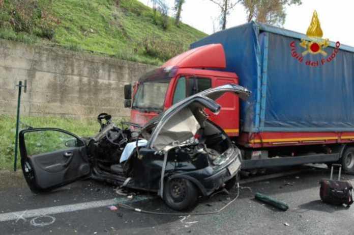 Incidente stradae sulla statale a Cassano allo Ionio, 7 feriti